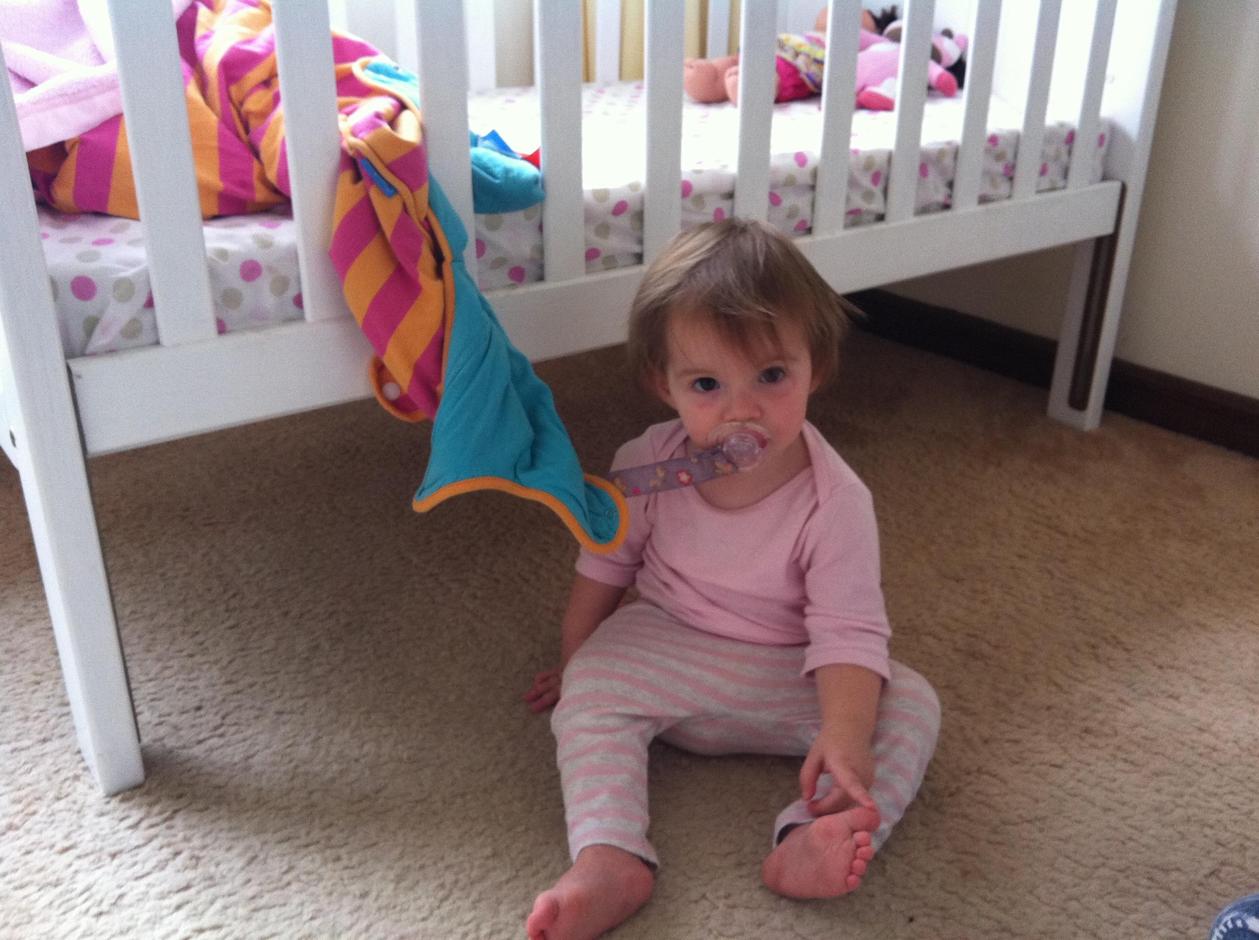 Eva busted having a dummy break