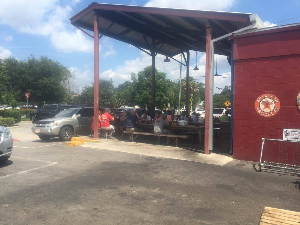Southern Soul BBQ lunch crowd on a sweltering summer day.