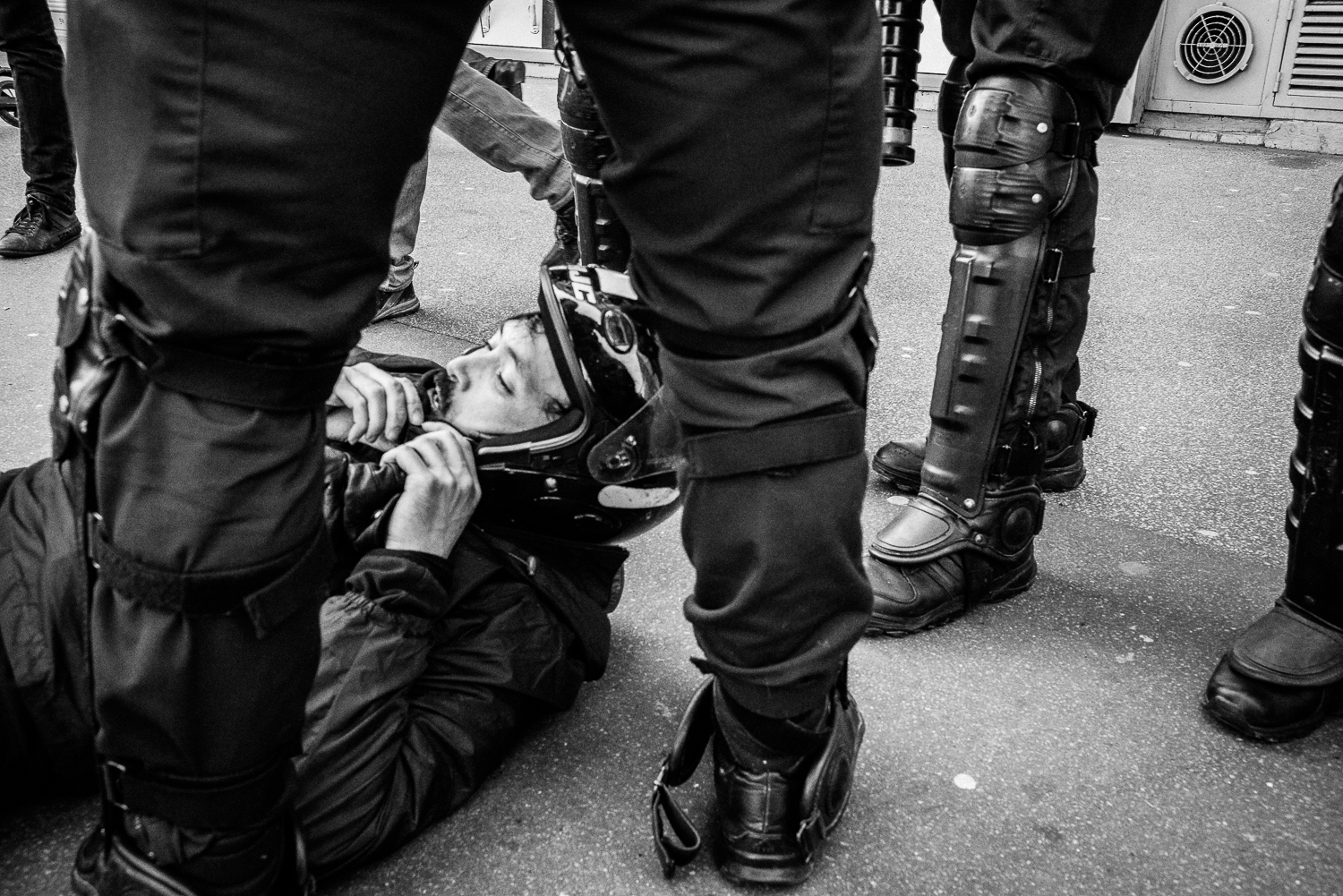 Another protester being apprehended and surrounded by the riot police,5th April 2016.