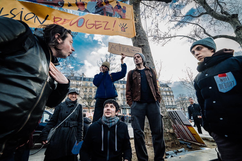 Protestors organising into groups for more focused debates,3rd April 2016.