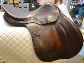 "Stubben Roxane with stirrup leathers (not pictured) 16.5""  