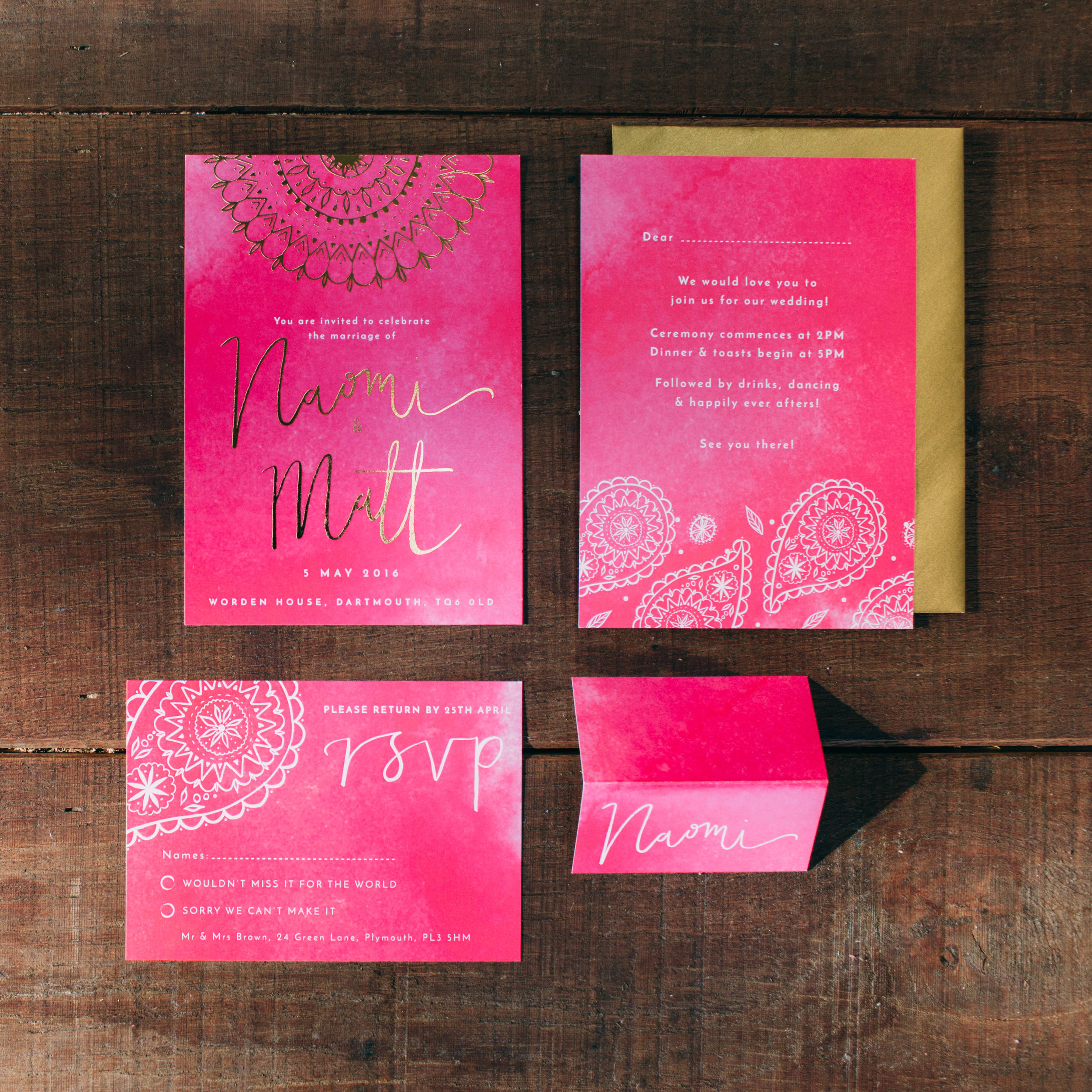 Invitation, RSVP and place setting with hand lettering by  Dearly Beloved  and gold foiling by the  Foil Invite Co.  Photo by   Freckle Photography