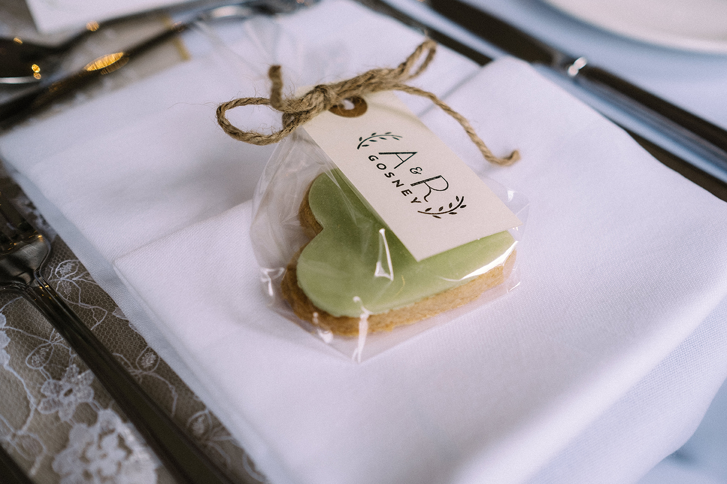dearly beloved wedding label favour biscuit cookie