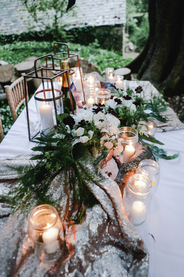 Flowers snd stunning tablescape by  The Secret Garden Flowers