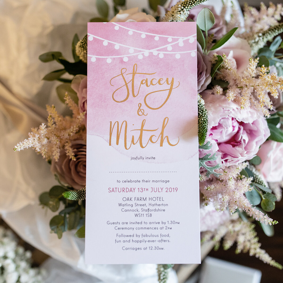 Stacey and Mitch opted for a soft blush and rose gold colour scheme for their classic wedding and so we created this classic watercolour design featuring rose gold lettering.