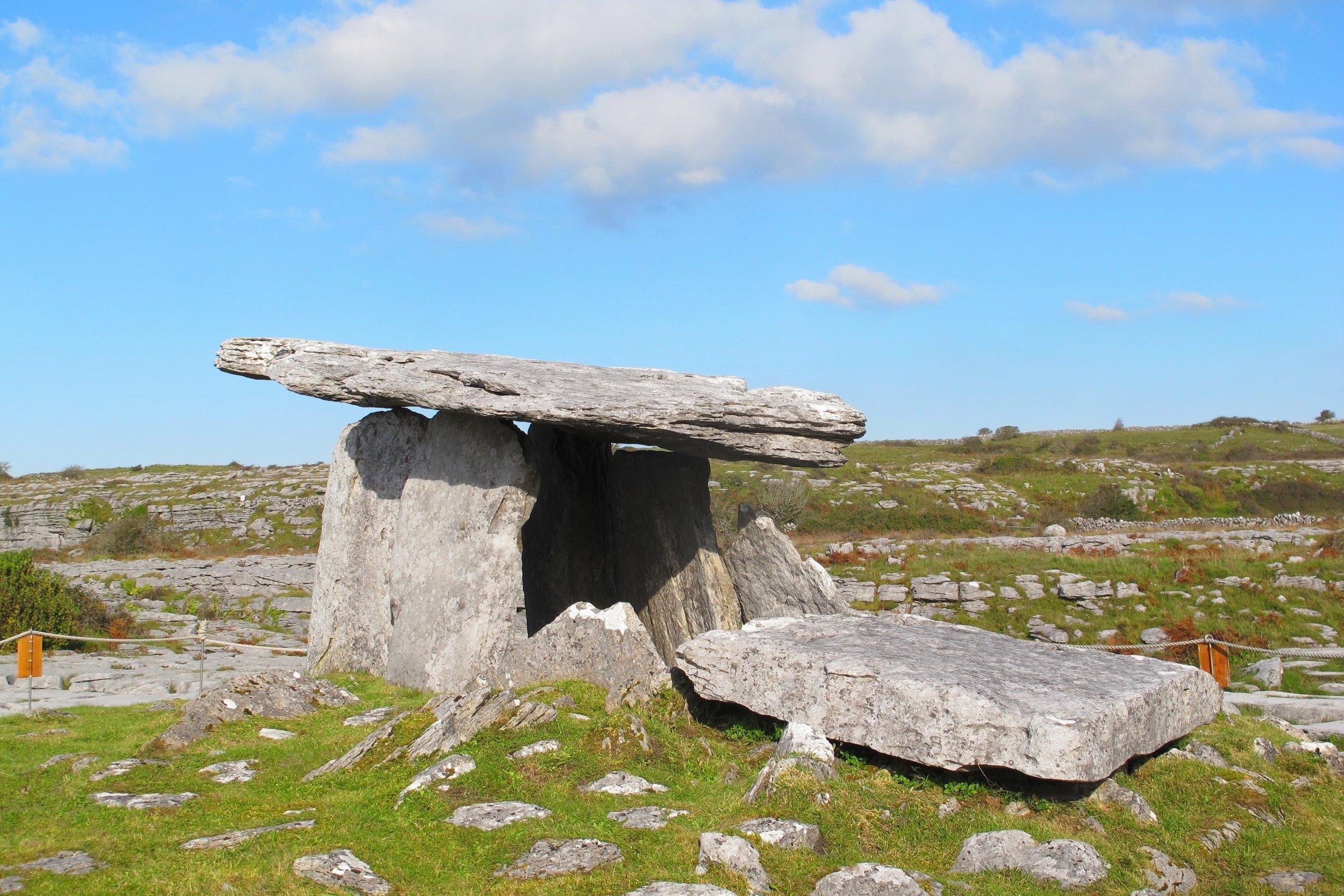 poulnabrone dolmen mwm.jpg