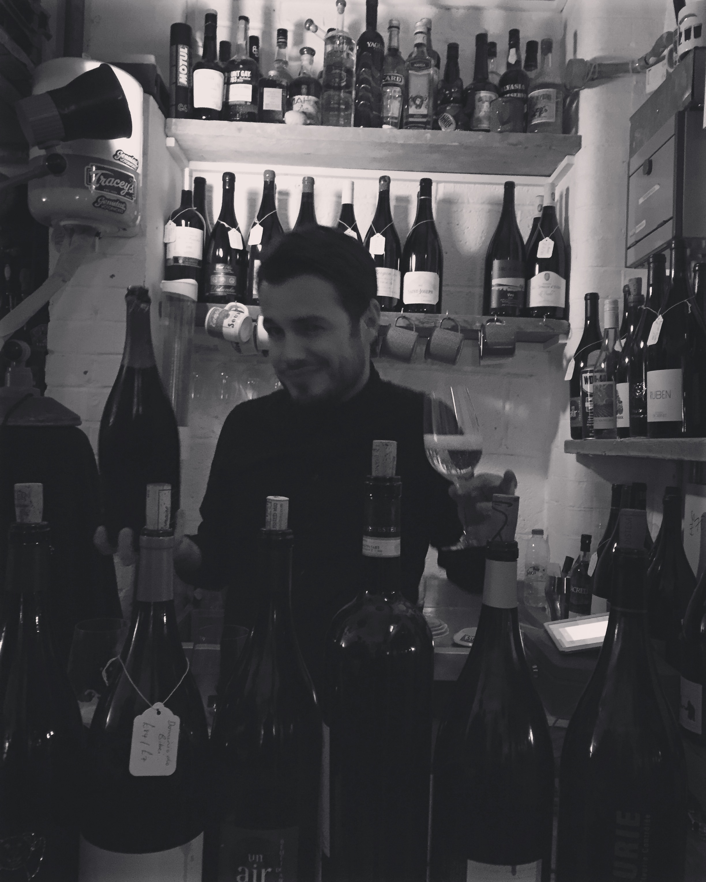 Mark Andrew of Noble Rot, pouring wine for us on Sun 15 May 2016