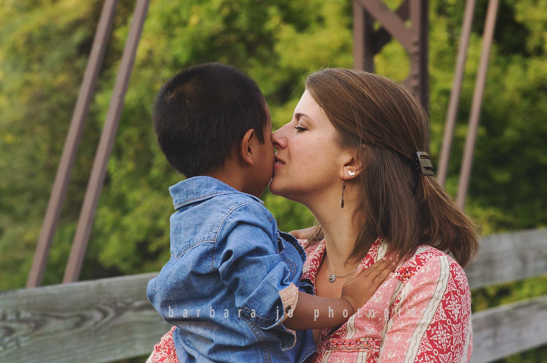 bjp-family-adoption-siblings-children-brothers-sister-dover-new-philadelphia-bolivar-photographer-downs7.png