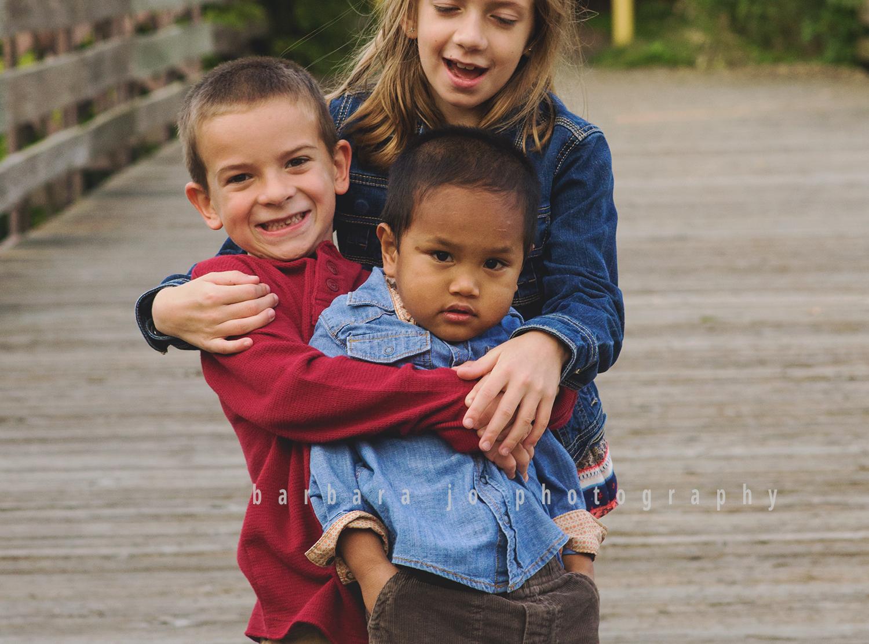 bjp-family-adoption-siblings-children-brothers-sister-dover-new-philadelphia-bolivar-photographer-downs12.png
