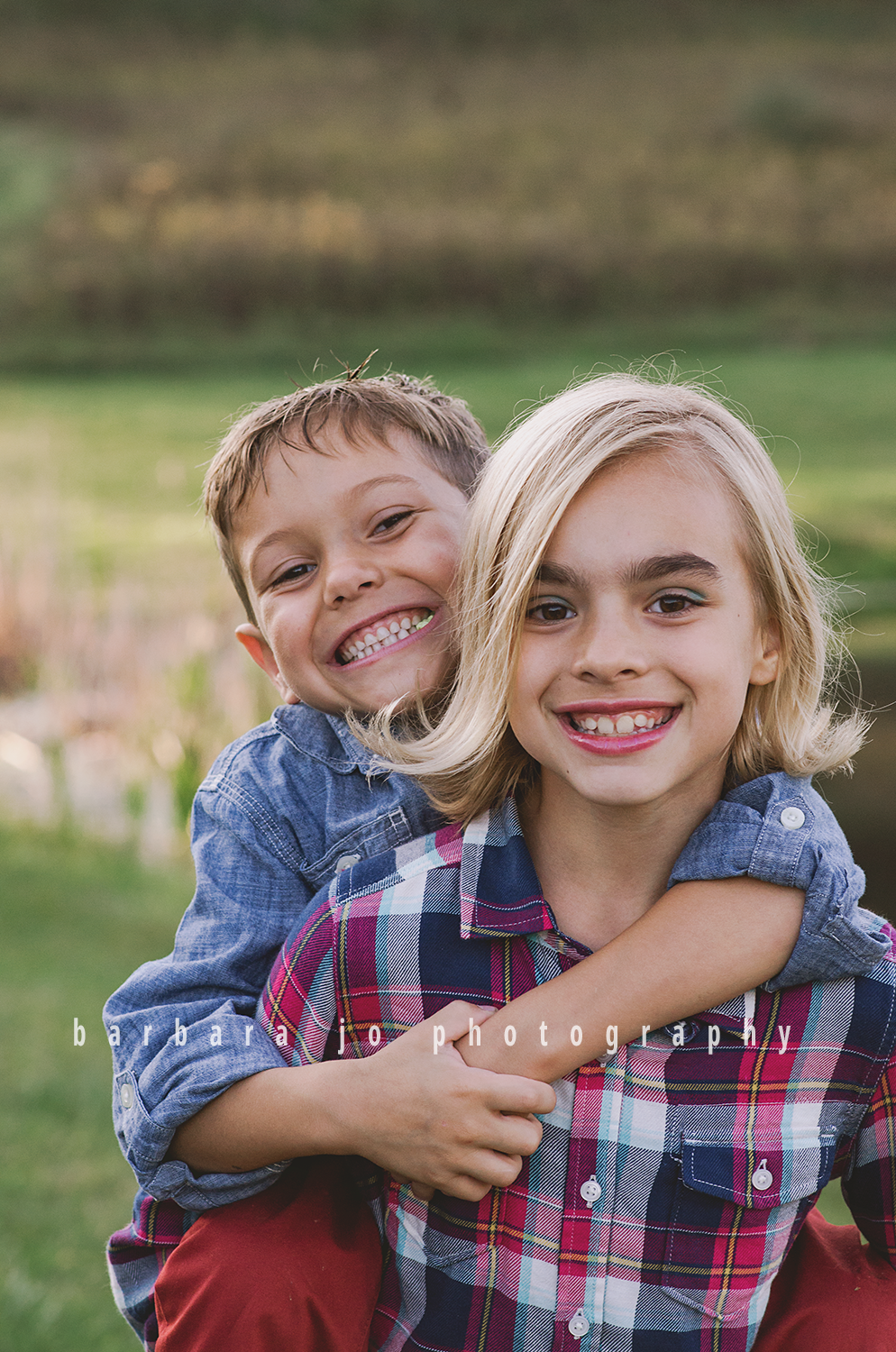 bjp-family-photographer-kids-siblings-blended-brothers-sisters-fall-mini-sessions-children-love-rachel7.png