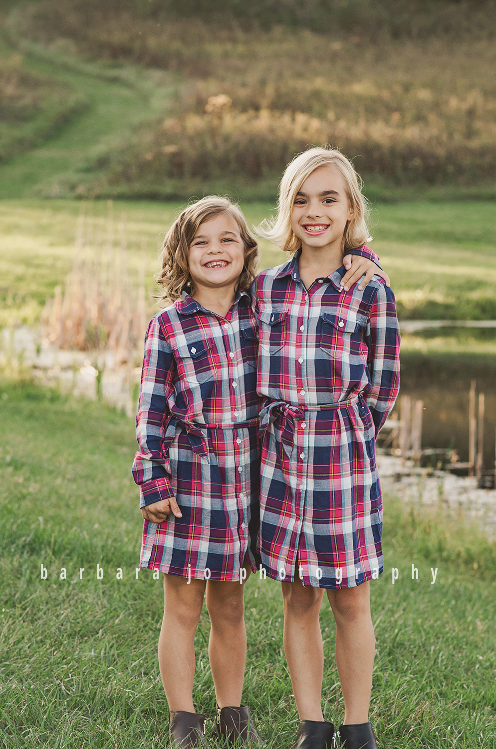 bjp-family-photographer-kids-siblings-blended-brothers-sisters-fall-mini-sessions-children-love-rachel9.png