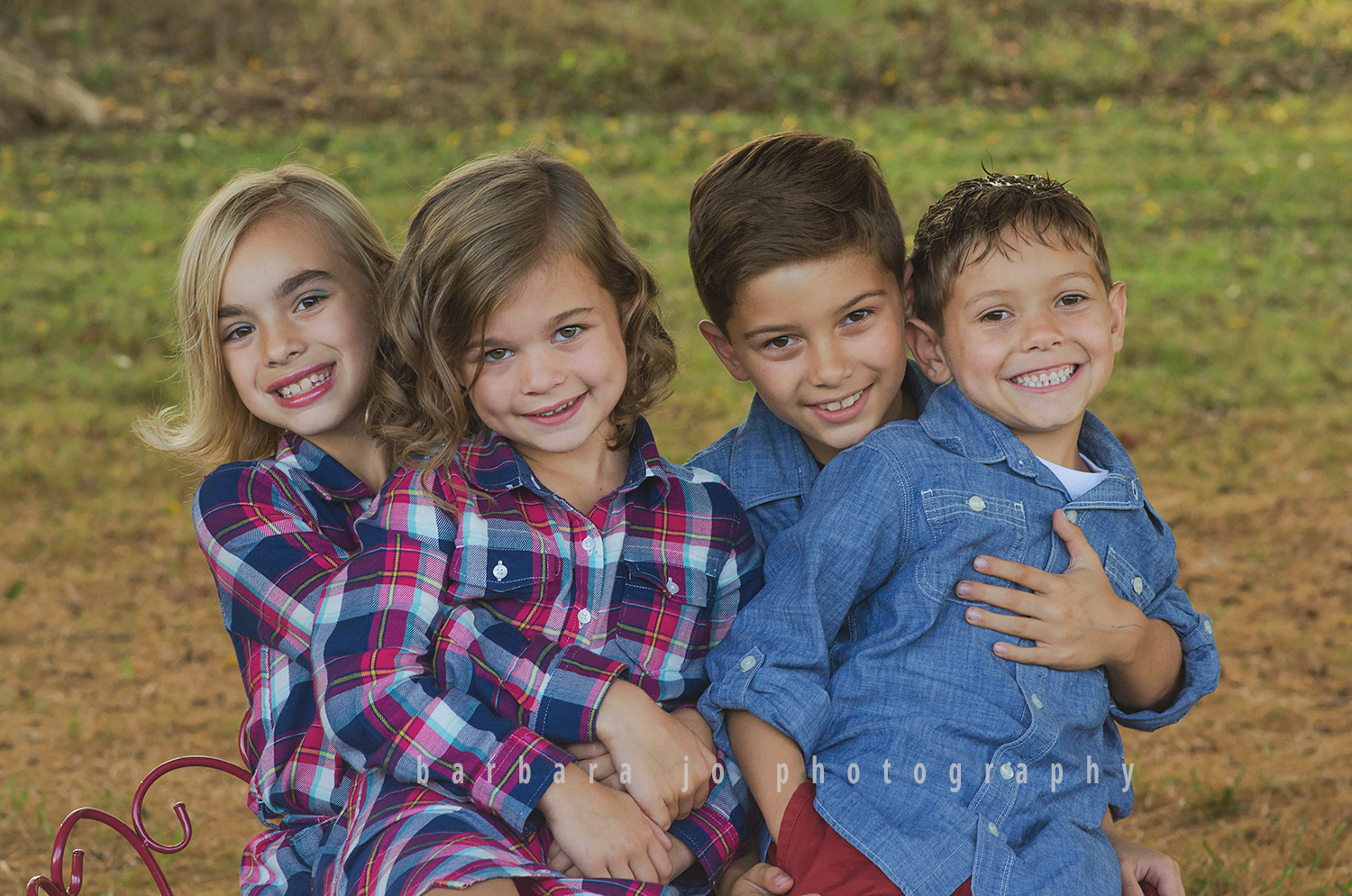 bjp-family-photographer-kids-siblings-blended-brothers-sisters-fall-mini-sessions-children-love-rachel1.png