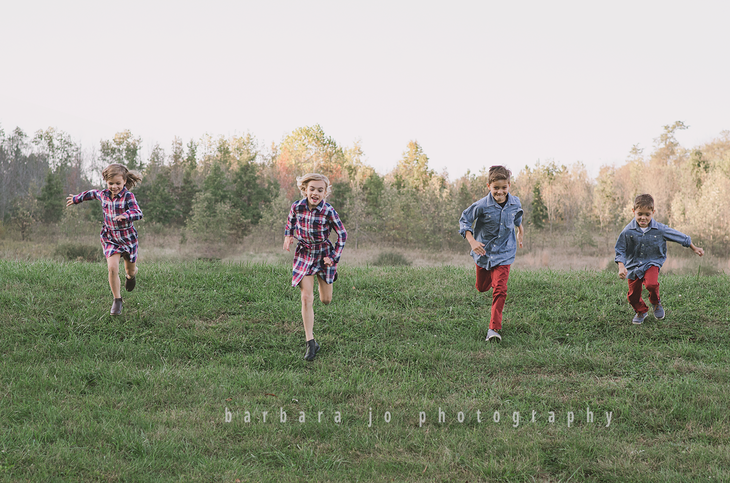 bjp-family-photographer-kids-siblings-blended-brothers-sisters-fall-mini-sessions-children-love-rachel10.png