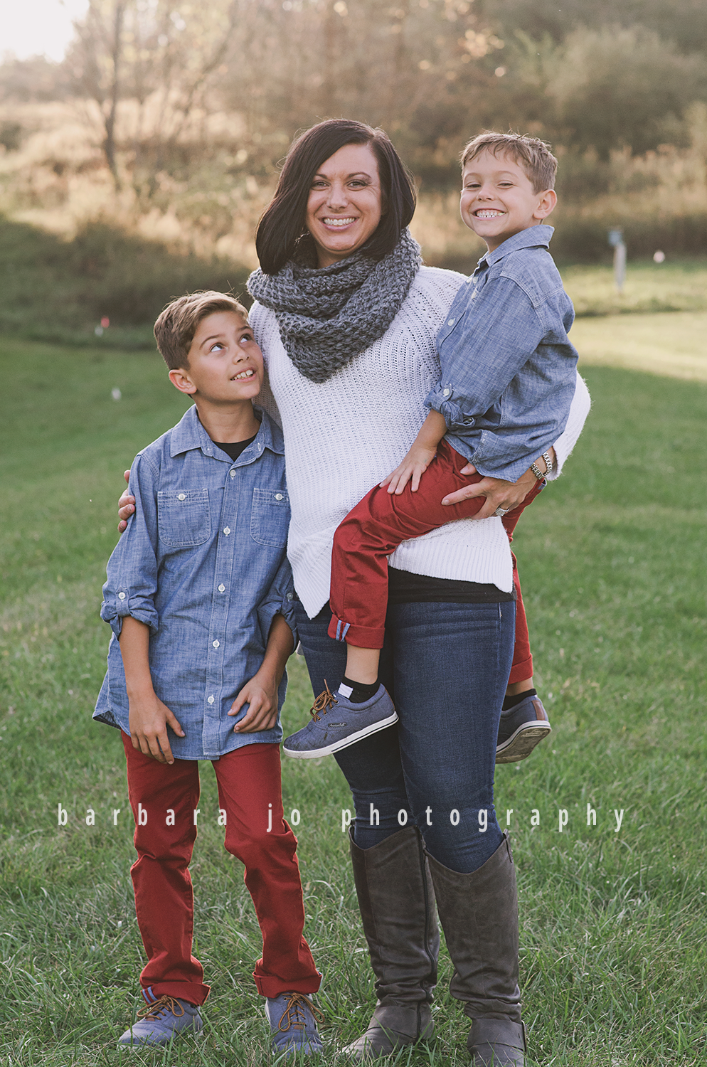 bjp-family-photographer-kids-siblings-blended-brothers-sisters-fall-mini-sessions-children-love-rachel16.png