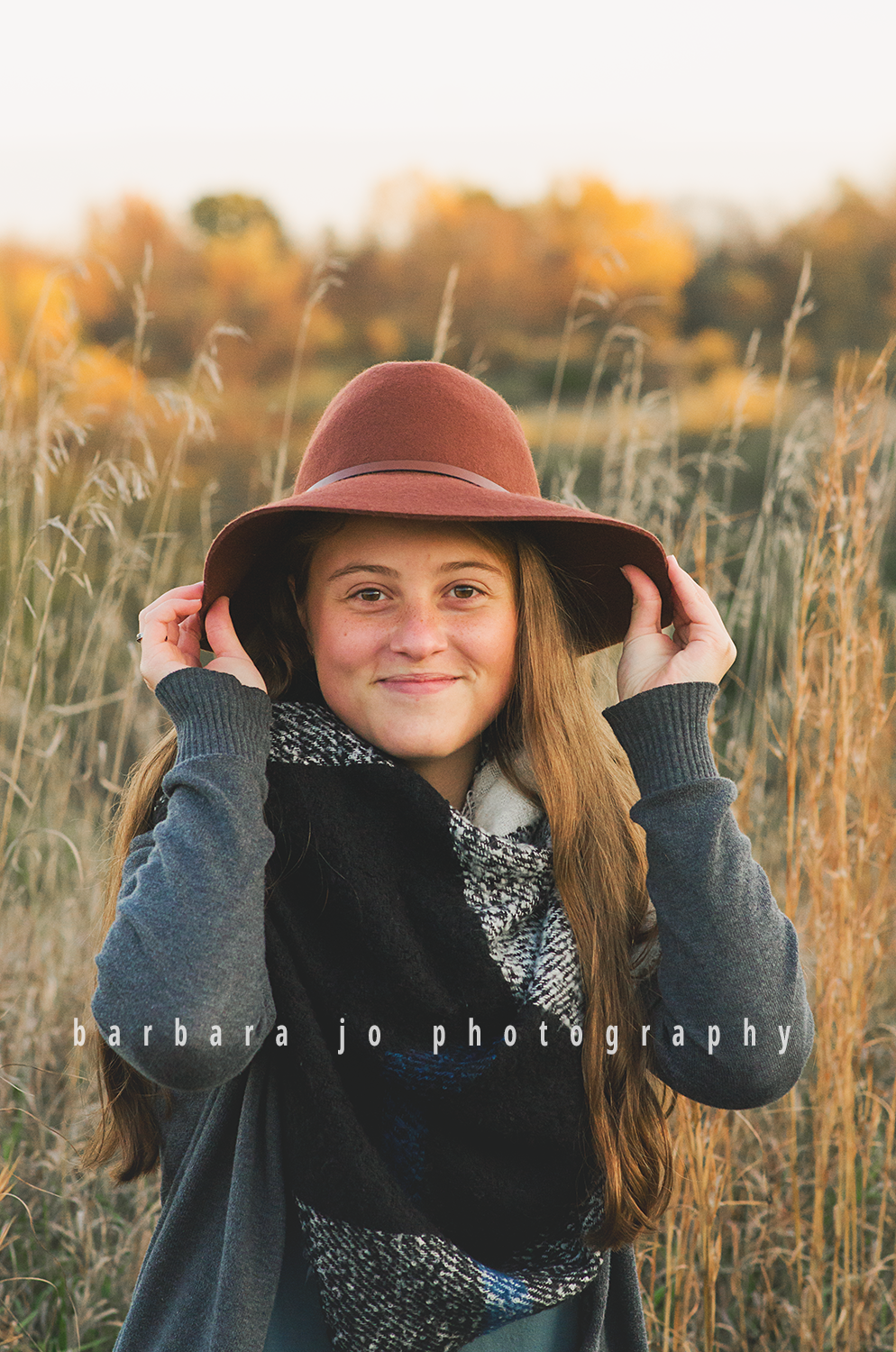 bjp-senior-pictures-portraits-class-of-2018-dover-oh-fall-autumn-woods-graduate-abby14.png