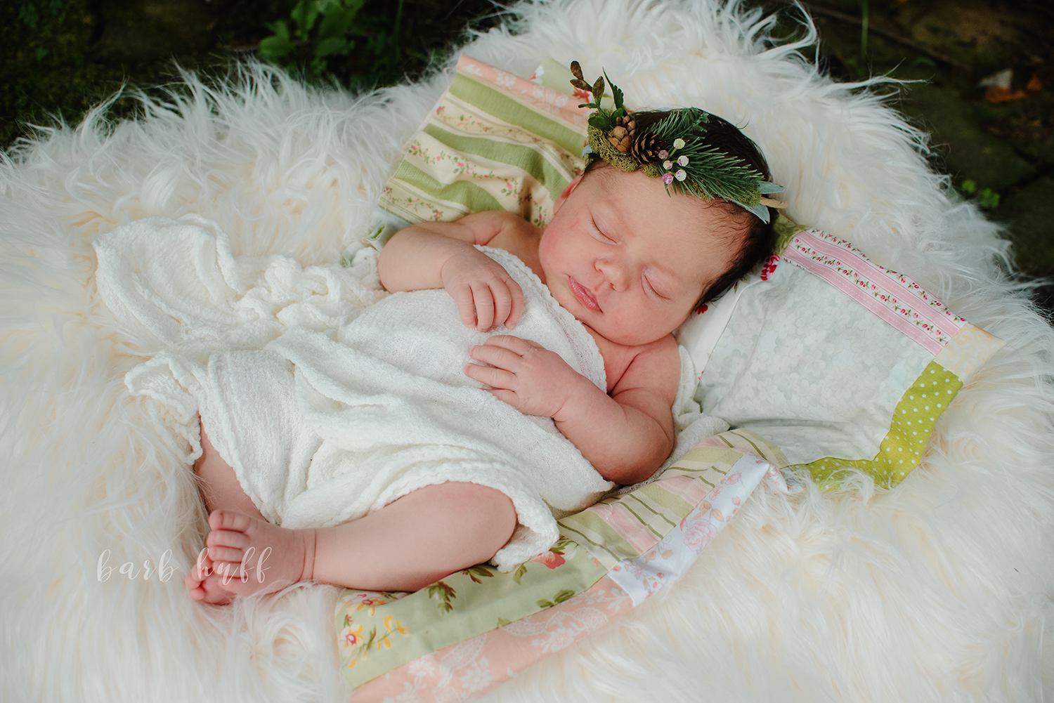 bjp-baby-newborn-family-lifestyle-outdoors-on-location-photographer-dover-ohio-new-philadelphia-tasha13.png