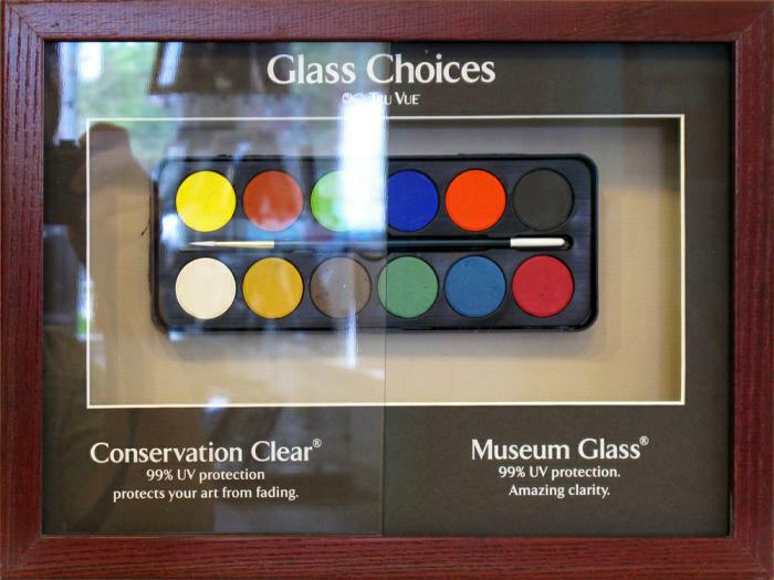 Museum_glass_display_1000x750.jpg