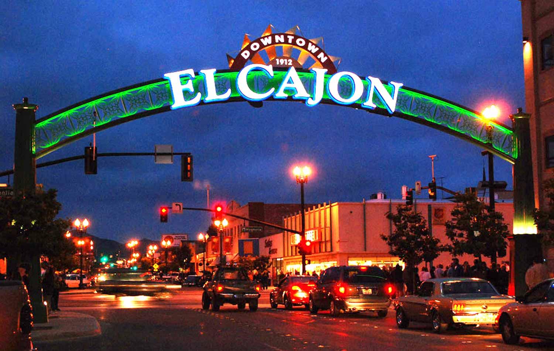El_Cajon_gateway_night.jpg