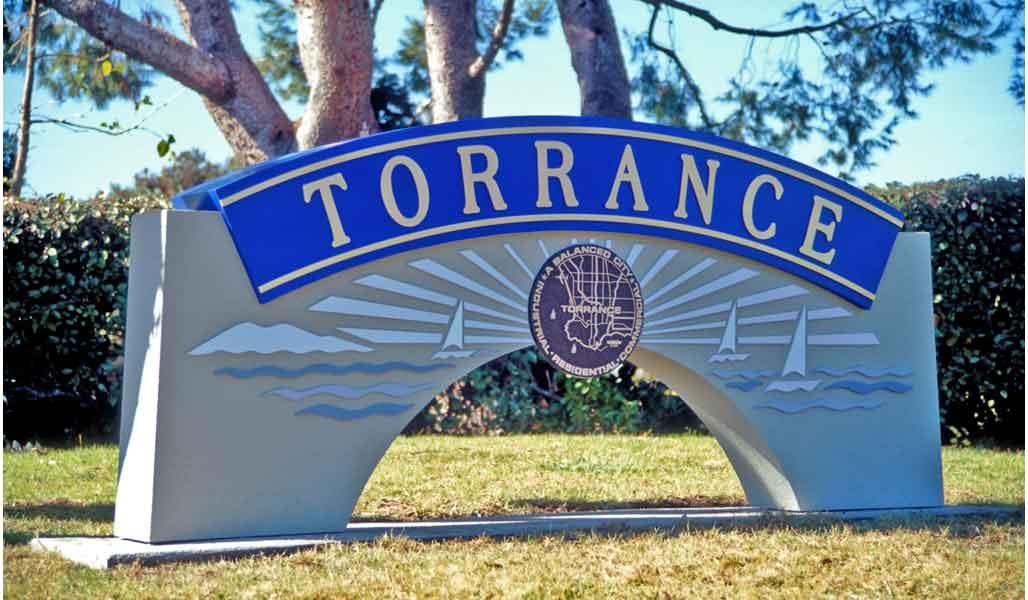 gateway_Torrance_monument.jpg