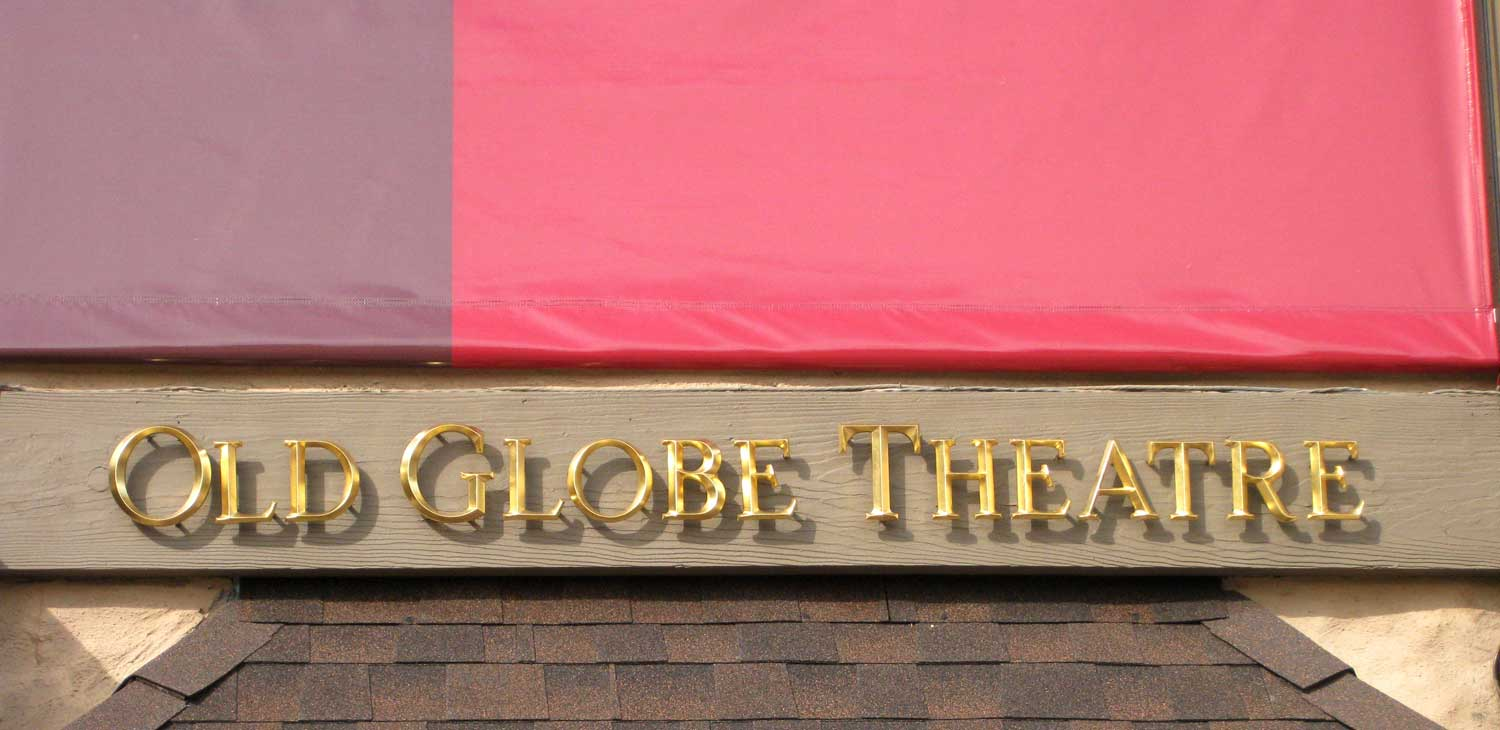 old_globe_theatre_golden_letters.jpg
