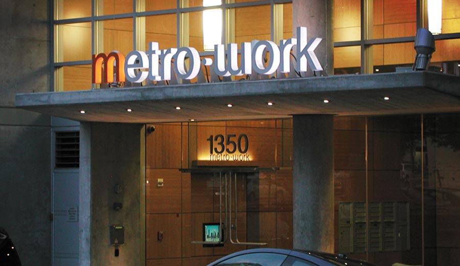 metro-work-night-1.jpg