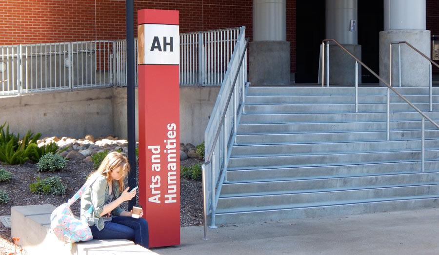 San_Diego_City_College_building_id_arts_humanities.jpg