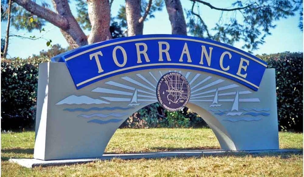 GS_torrance_monument.jpg