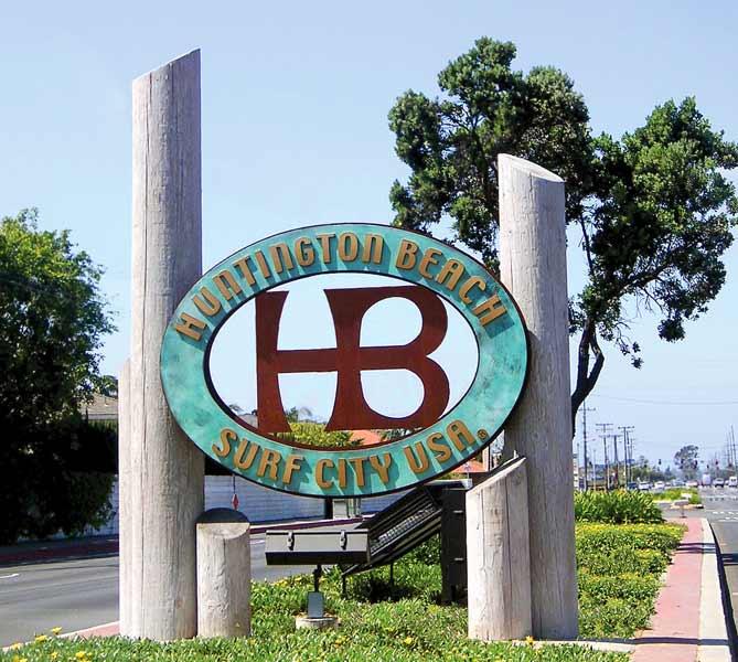 GS_huntington_beach_monument.jpg