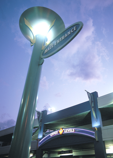 GS_glendale_mall_entrance.jpg