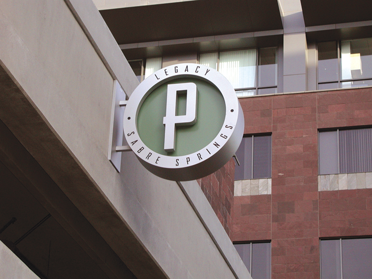 GS_sabre_springs_parking_flag.jpg