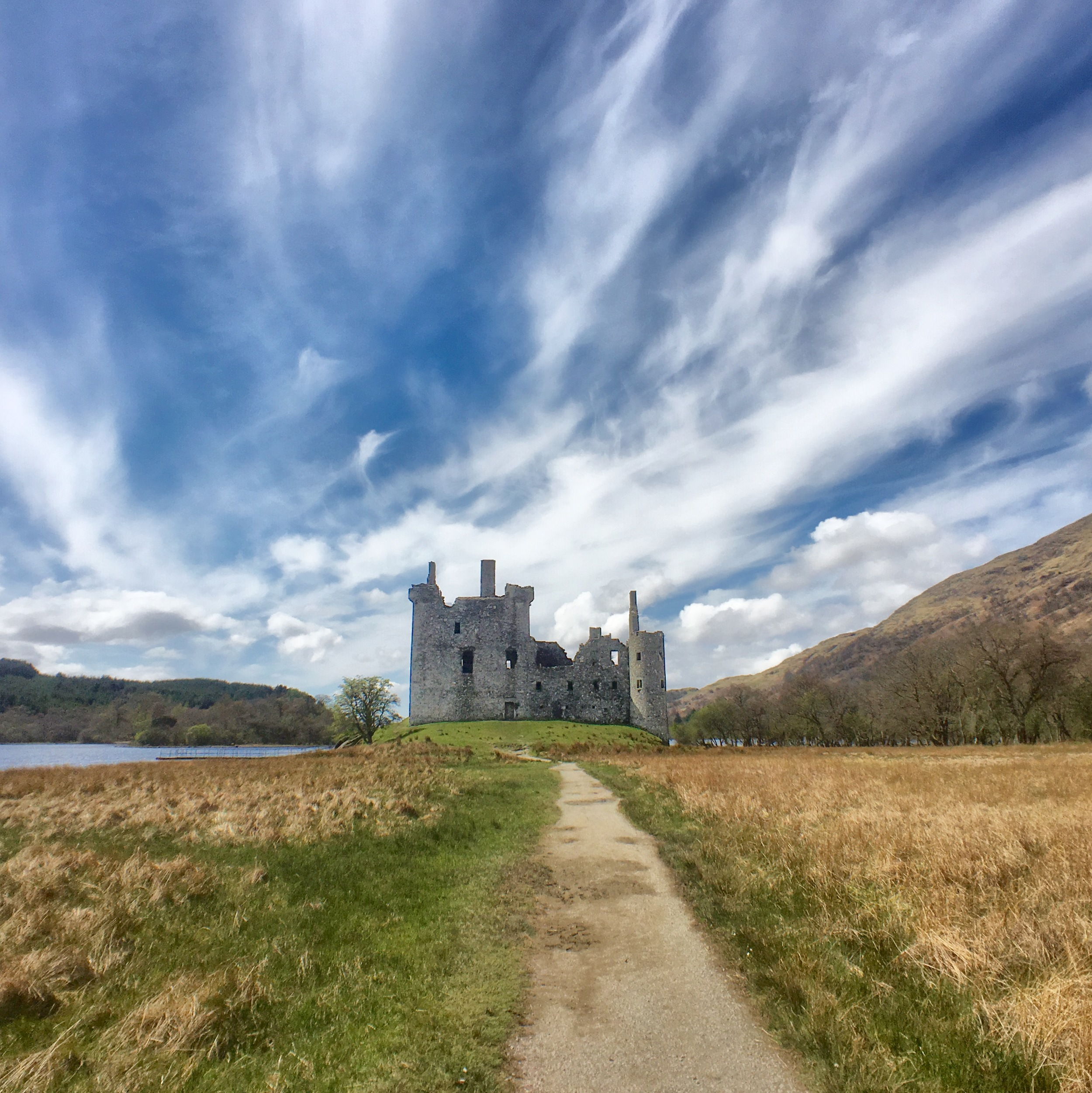 Kilchurn Castle from the distance.