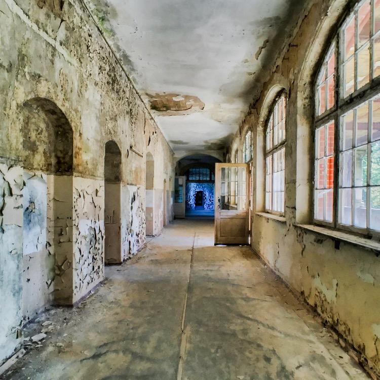 Long abandoned hallways at Beelitz
