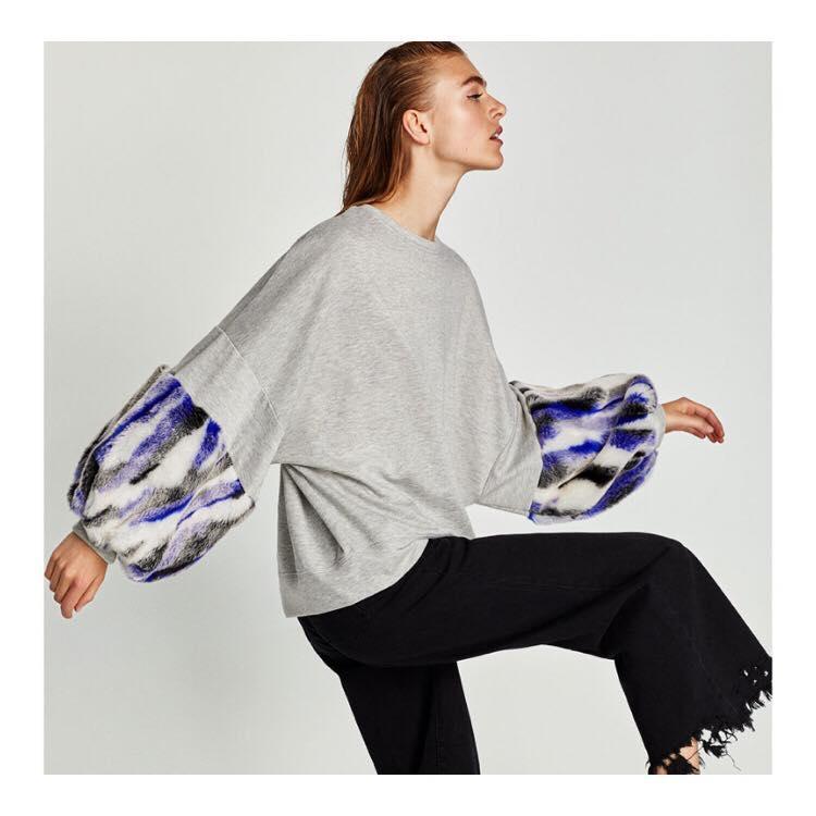 Zara  Sweatshirt w/ Contrasting Sleeves $45.90