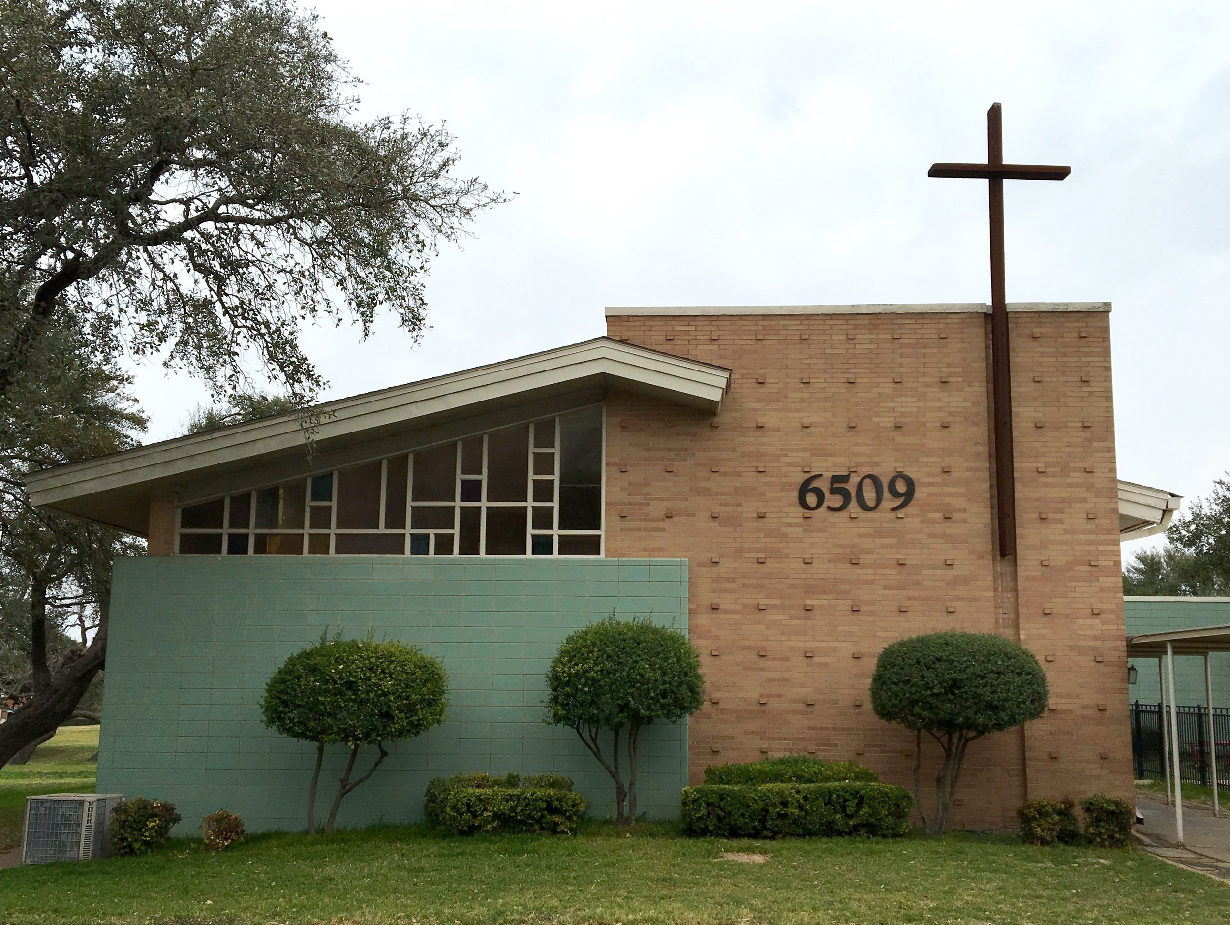 Lakewood_Christian_Church_Midcentury_Modern.jpg