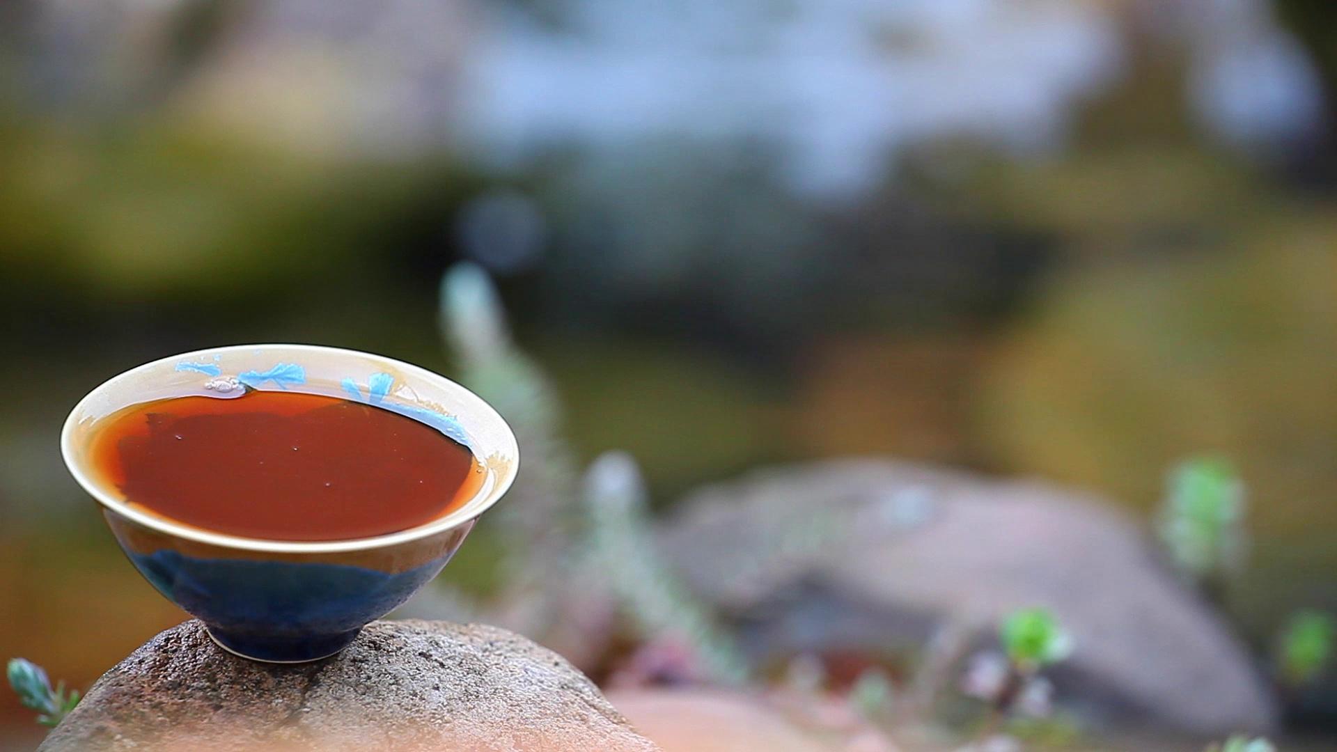 black-chinese-tea-run-river-footage-089410961_prevstill.jpeg