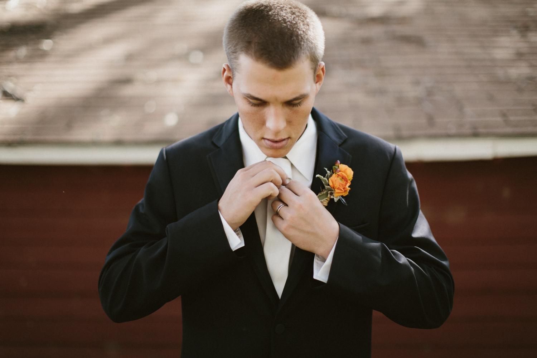SiouxFalls_DesMoines_Wedding_Photographer_20.jpg