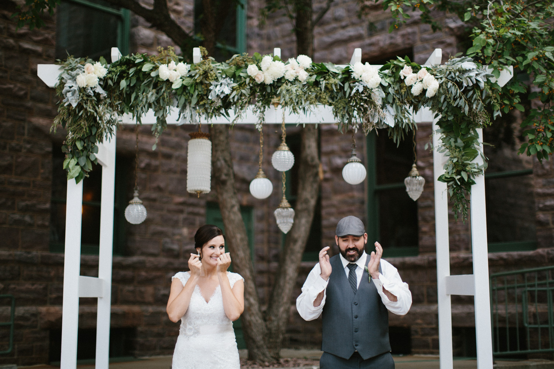 sioux_falls_desmoines_wedding_photographer_08.jpg