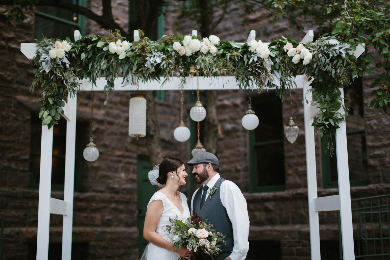 sioux_falls_desmoines_wedding_photographer_13.jpg