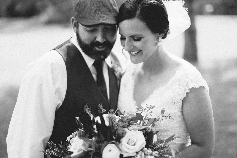 sioux_falls_desmoines_wedding_photographer_18.jpg