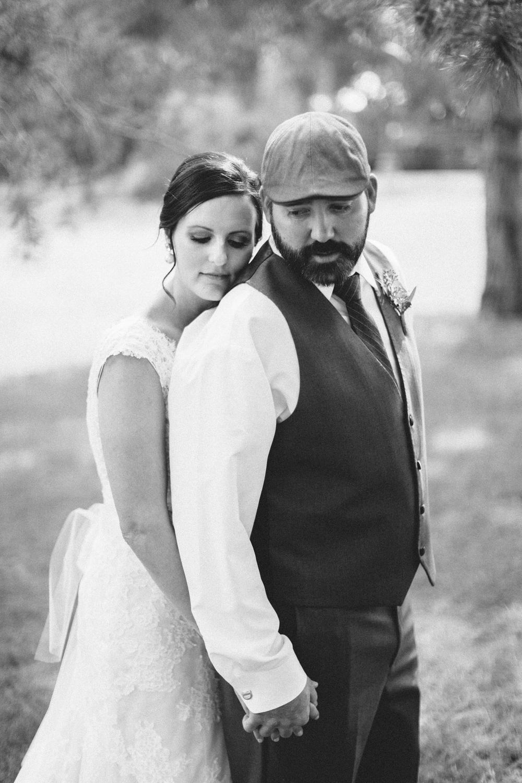 sioux_falls_desmoines_wedding_photographer_20.jpg