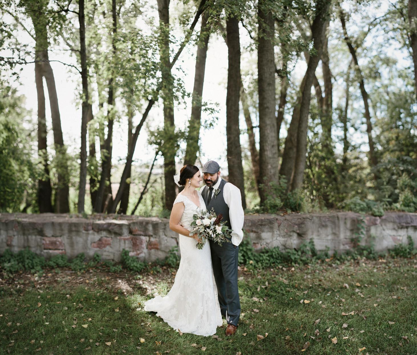 sioux_falls_desmoines_wedding_photographer_28.jpg