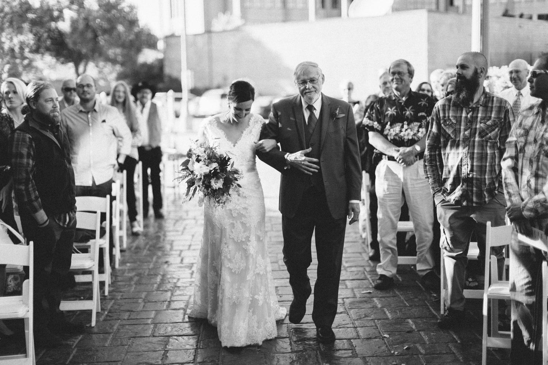 sioux_falls_desmoines_wedding_photographer_37.jpg