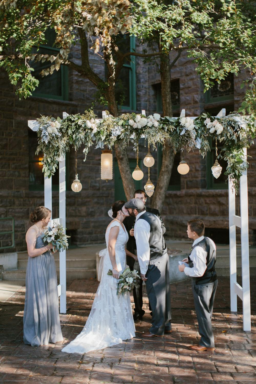 sioux_falls_desmoines_wedding_photographer_42.jpg