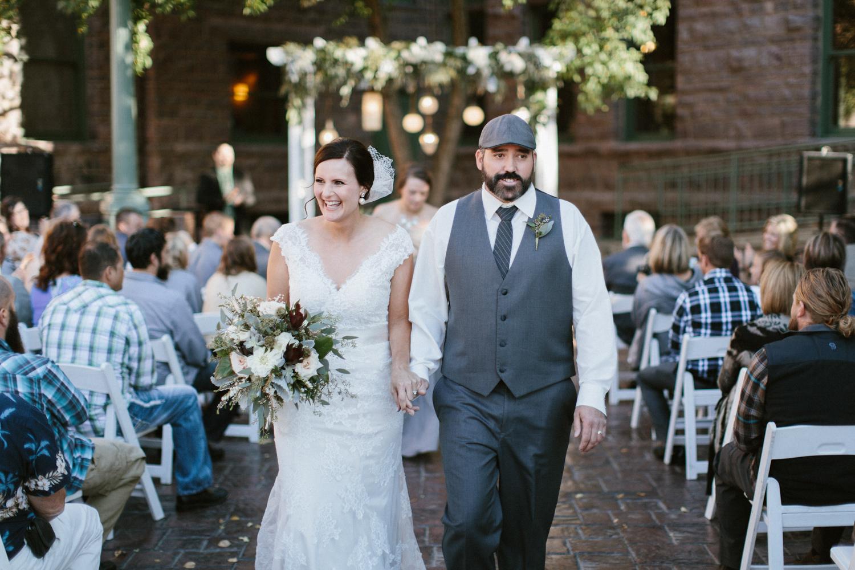 sioux_falls_desmoines_wedding_photographer_43.jpg