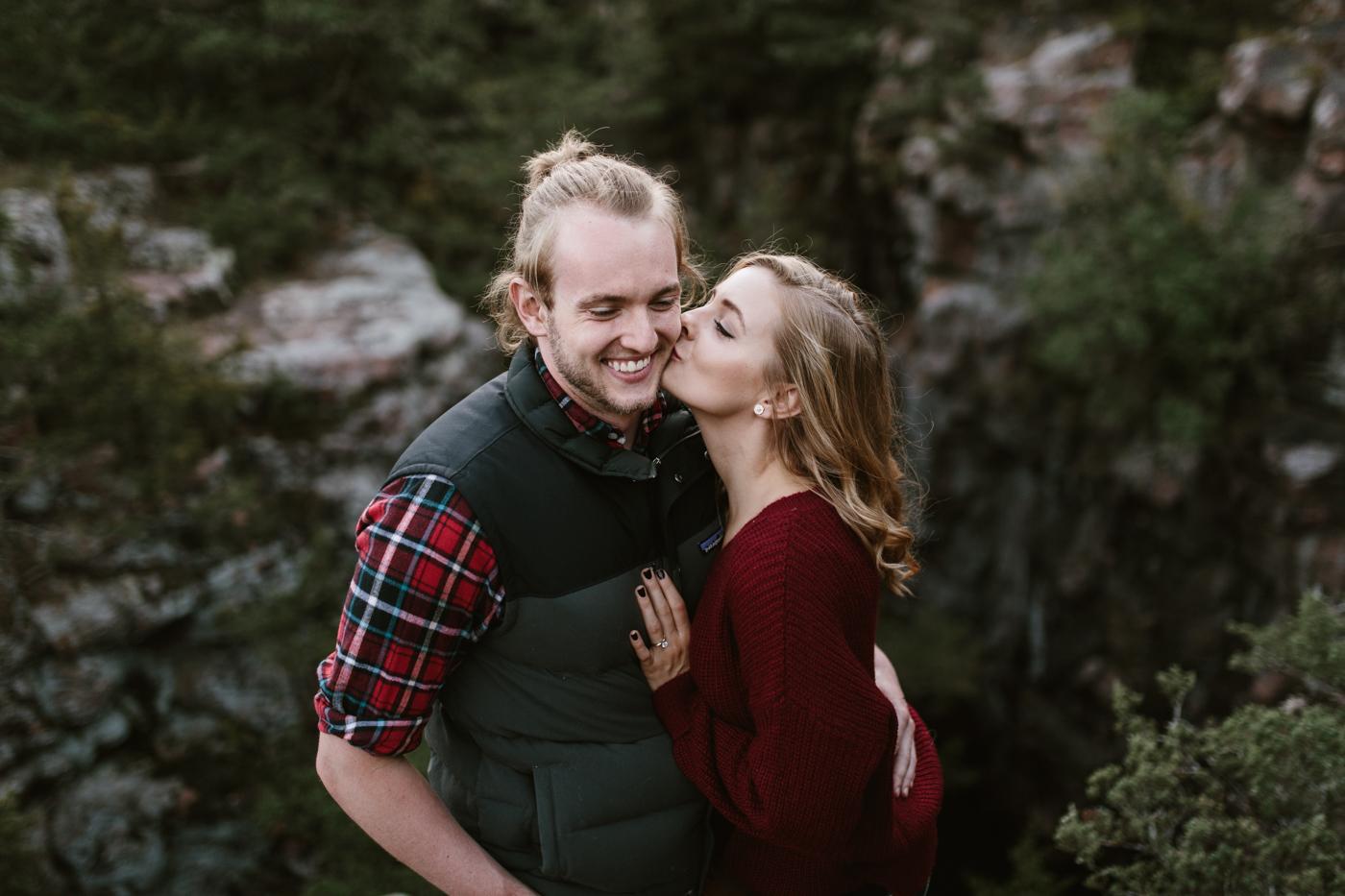 Sioux_Falls_Des_Moines_Engagement_Wedding_Photographer_52.jpg