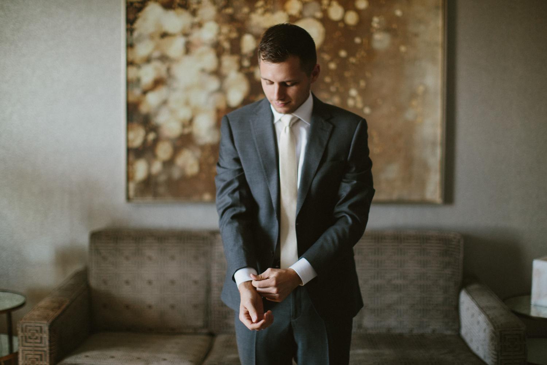 israel&aubrey_siouxfalls_wedding_photographer_29.jpg