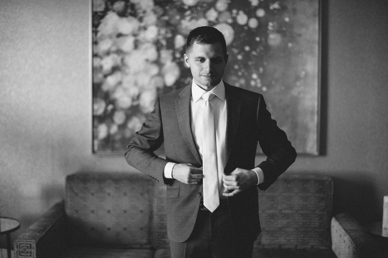 israel&aubrey_siouxfalls_wedding_photographer_30.jpg