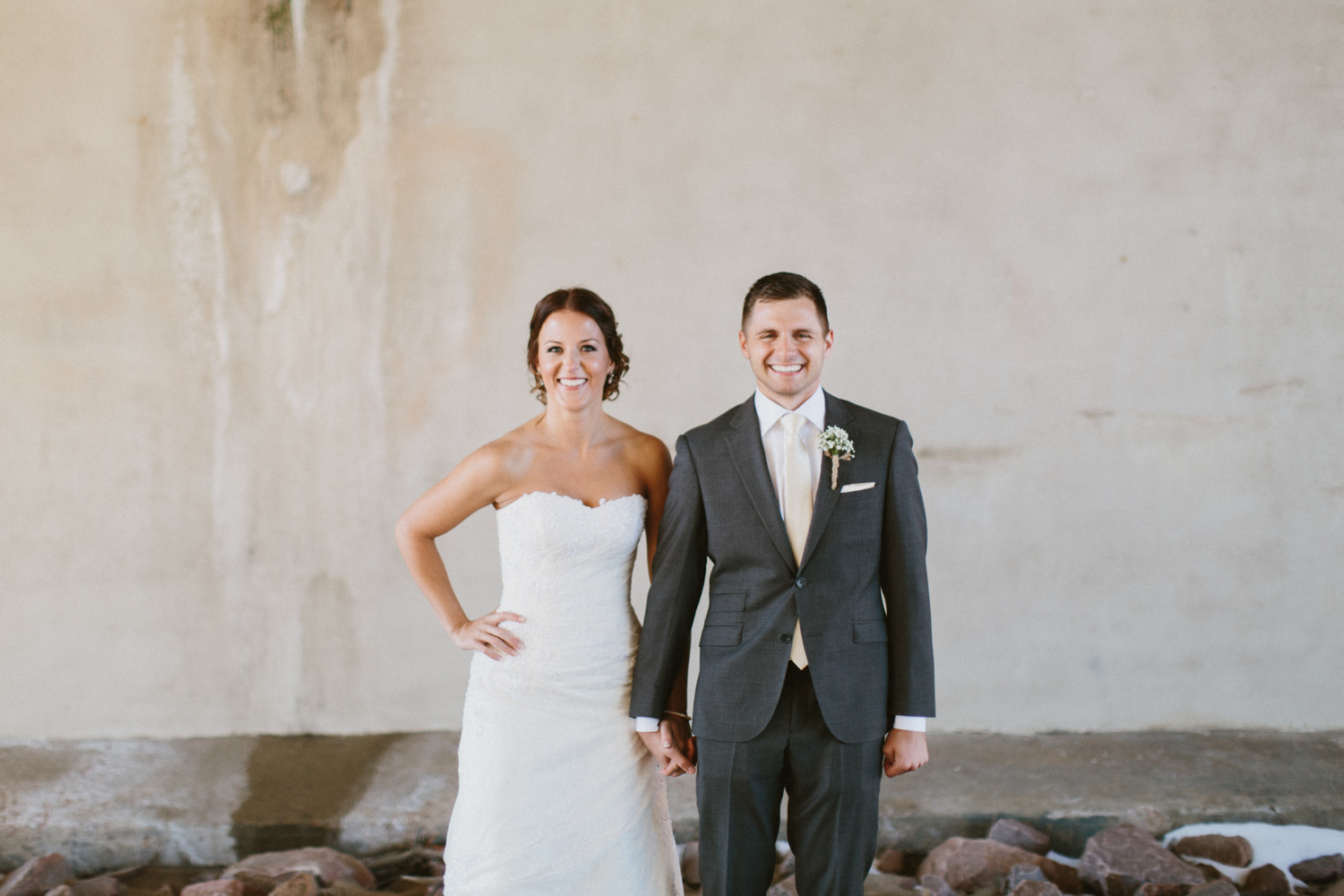 israel&aubrey_siouxfalls_wedding_photographer_41.jpg