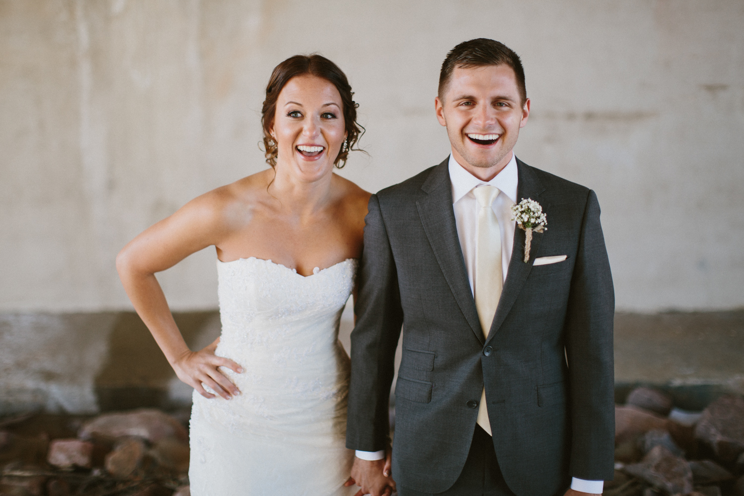 israel&aubrey_siouxfalls_wedding_photographer_42.jpg