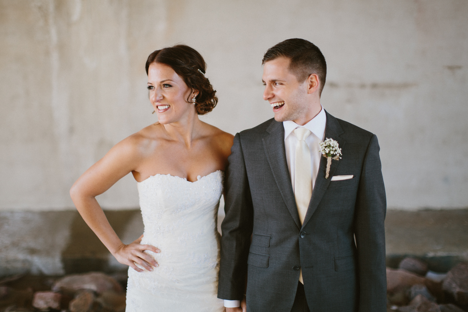 israel&aubrey_siouxfalls_wedding_photographer_43.jpg